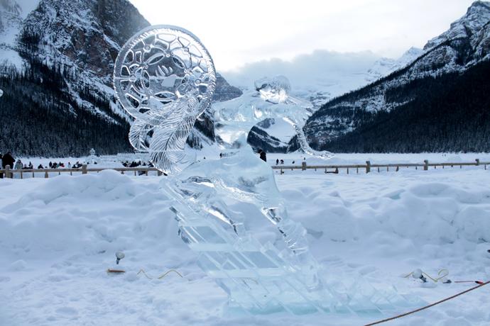 פסל בפסטיבל הקרח של לייק לואיז