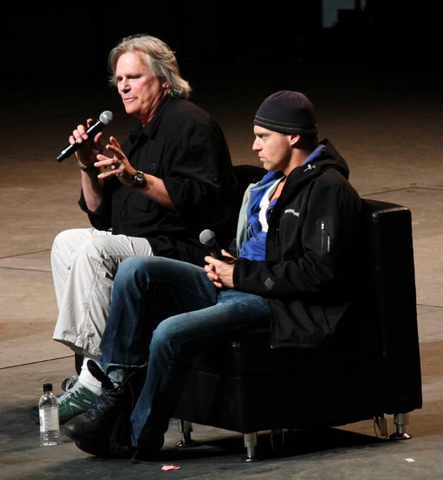 ריצ'רד דין אנדרסון ומייקל שנקס בפאנל סטארגייט SG1. היה מצחיק לאללה.