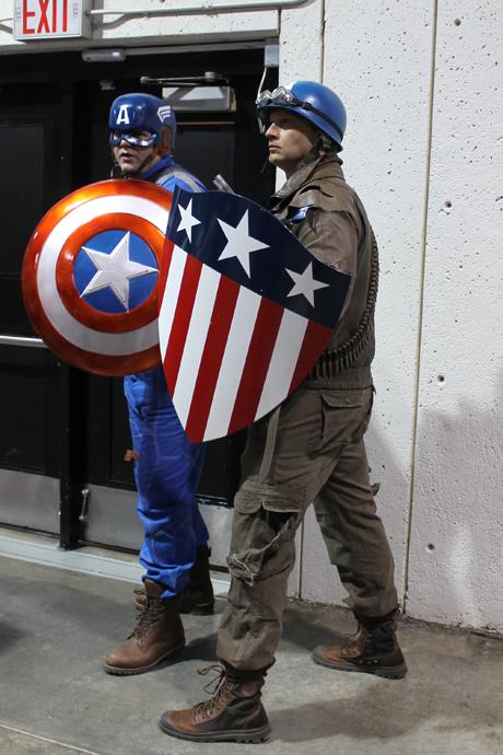 קפטן אמריקה בשתי גרסאות