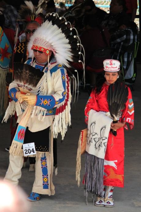 נסיכת הסטמפיד האינדיאנית בתלבושת מסורתית